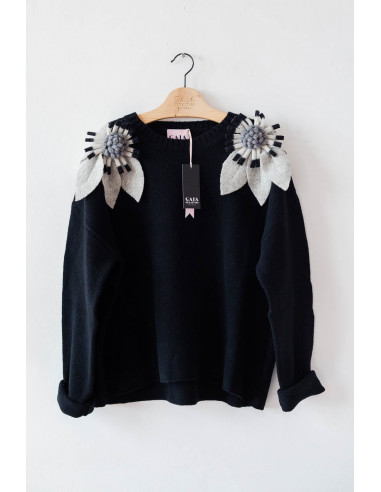 Bloom Sweater - Black with light...